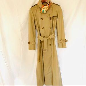 Vintage Burberry Trench Coat sz 8